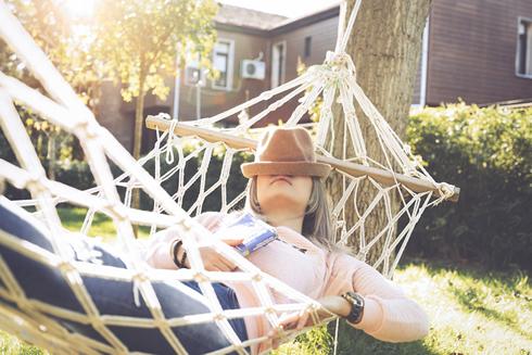 Sonno e estate: come rimettersi in sesto dopo le fatiche invernali
